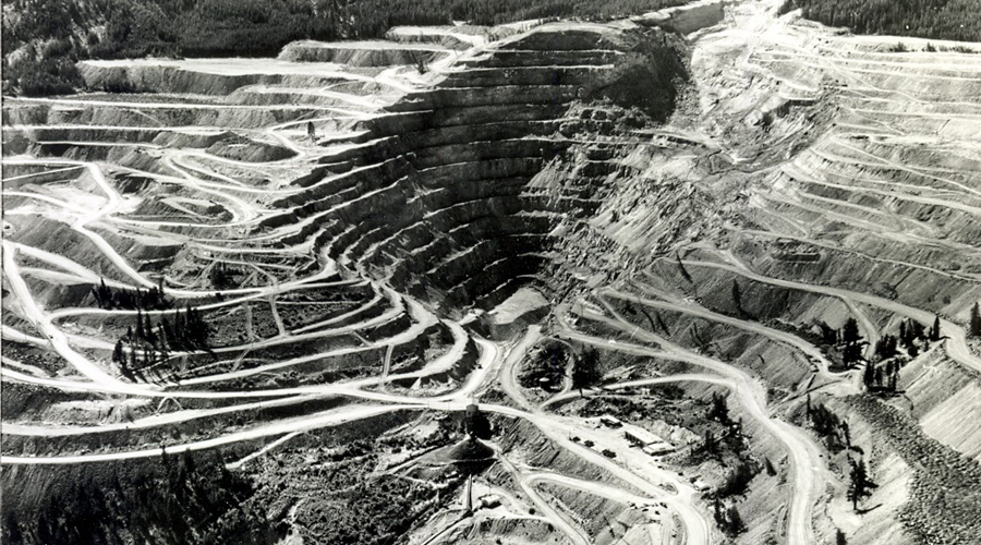 An aerial view of the mine. (Nicola Valley Museum and Archives)